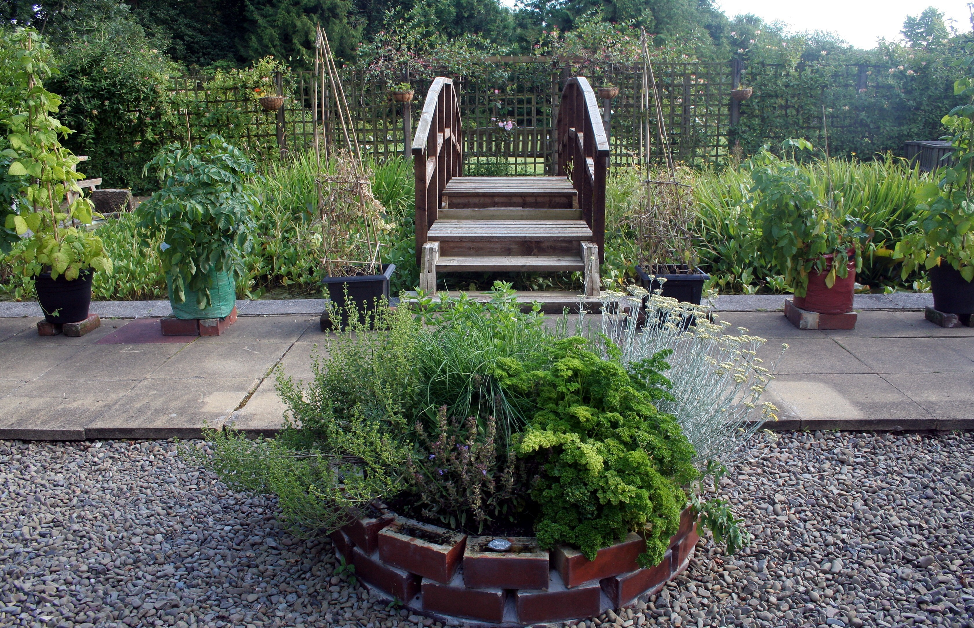Dallars B&B Herb Circle